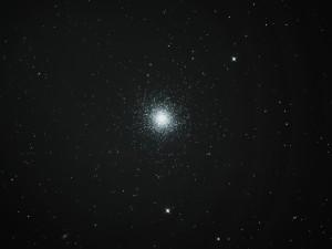M13 - Hercules Globular Cluster - Damian Lathall & James Dawson - 17/05/2014